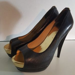 Michael Kors Black Leather High Heel Pump Size:7.5
